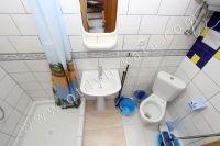 Заранее сняты квартиру в Феодосии - Совмещенный санузел с душевой