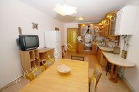 Снять дом в Феодосии 2017 - Удобный обеденный стол