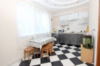 Феодосия: частный дом снять в популярном районе - Средних размеров кухня