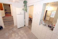 Недорогая аренда дома в Крыму - Просторная кухня