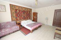 Феодосия: частный сектор, цены низкие - Удобная двуспальная кровать