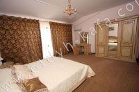 Феодосия, эллинг - жильё у моря - В каждой спальне современная мебель