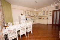 Феодосия, эллинг - жильё у моря - Удобная мебель на кухни