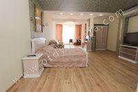 Элитный эллинг, Феодосия - Черноморская набережная, номер 303 - Вместительный номер с балконом