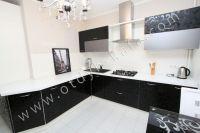 Удачная аренда квартир в Феодосии у моря - Красивая кухня