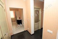 Удачная аренда квартир в Феодосии у моря - Широкий коридор