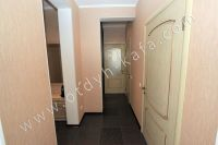 Удачная аренда квартир в Феодосии у моря - Вход в спальню