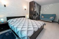 Квартиры в Феодосии на время отпуска - Вместительный шкаф-купе