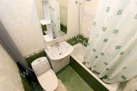 Квартиры в Феодосии на время отпуска - Современная ванная комната