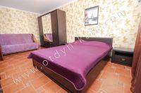 Жилье в Феодосии квартиры у моря - Удобная двуспальная кровать
