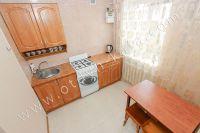 Аренда жилья Феодосия - Кухня с минимальной посудой