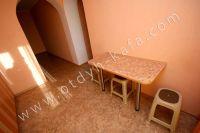 Люкс-квартира в Феодосии недорого - Удобный обеденный стол