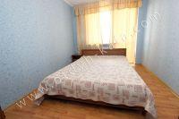 Отдых в Крыму в Феодосии 2017 - Большая кровать в спальне