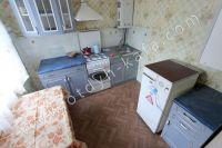 Феодосия квартиры посуточно без посредников - Кухня с набором посуды