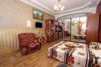 Предлагаем снять домик в Феодосии - Современный телевизор