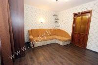 Уютная квартира в Феодосии - Уголовной диван в спальне