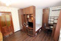 Уютная квартира в Феодосии - Большой плоский телевизор