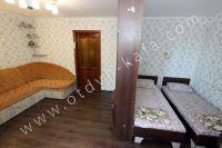 Уютная квартира в Феодосии - Большая светлая комната