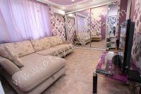 Аренда жилья в Феодосии - Угловой диван для двух человек