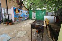 Отдых в Феодосии, пансионаты с бассейном - Мангал для приготовления барбекю