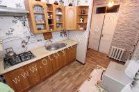 Крым, Феодосия. Гостевой дом с просторной спальней - Комфортная кухня