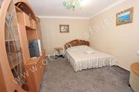 Снять дом в Феодосии посуточно - Большая кровать