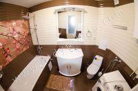 Гостиница на Черноморской набережной Феодосии  - Современная ванная комната
