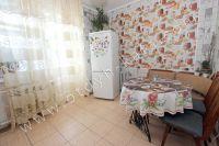 Аренда квартир в Феодосии в хорошем районе - Просторная кухня