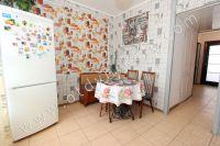 Аренда квартир в Феодосии в хорошем районе - Небольшой обеденный стол
