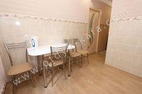 Квартиры или комнаты в Феодосии? Выбор за вами - Удобный обеденный стол