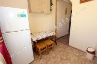 Арендовать квартиры посуточно! Феодосия, недорого жилье на выбор - Удобный обеденный стол