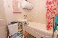 Феодосия: квартиры на лето, выгодно с Отдых-Кафа - Современная ванная