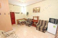 Феодосия: квартиры посуточно возле моря - Небольшой обеденный стол