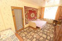 Феодосия: аренда квартир в Крыму - Большая и светлая спальня