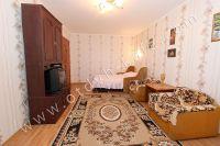 Для отдыхающих! Сдаю квартиру в Феодосии посуточно и недорого - Светлая и просторная спальня