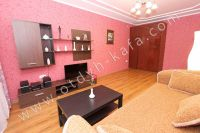 Посуточная аренда квартиры в Феодосии для отдыха летом - Вместительный шкаф
