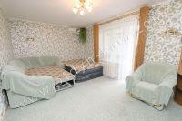 Здесь можно снять квартиру в Феодосии выгодно - Большая и светлая спальня