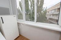 Здесь можно снять квартиру в Феодосии выгодно - Небольшой балкон