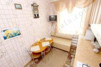 Отдыхайте в Крыму! Снимать квартиру недорого и просто - Обеденный стол