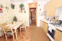 Снять квартиру в Феодосии посуточно, недорого и без хлопот - Современная кухня