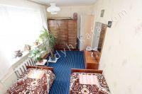 Выбирайте жилье в Феодосии – квартиры  - Небольшой шкаф