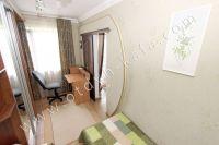 Проведите отдых у моря в Феодосии в отдельной квартире - Небольшая и светлая спальня