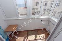 Проводите комфортный отдых в Феодосии у моря    - Красивый вид с балкона
