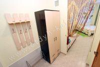 Приглашает Феодосия: квартиры у моря, снять легко - Вместительный шкаф