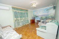 Феодосия: снять квартиру у моря в 2018 году будет легче с Отдых-Кафа - Большой и светлый зал