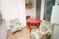 Феодосия: снять квартиру у моря в 2018 году будет легче с Отдых-Кафа - Лоджия с удобной мебелью