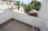 Без хлопот снять квартиру у моря посуточно - Балкон с видом на набережную