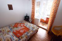 Феодосия, жилье недорого в историческом районе - Удобная кровать