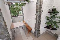 Феодосия, жилье недорого в историческом районе - Удобный столик для отдыха