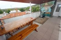 Феодосия, жилье недорого в историческом районе - Обеденный стол